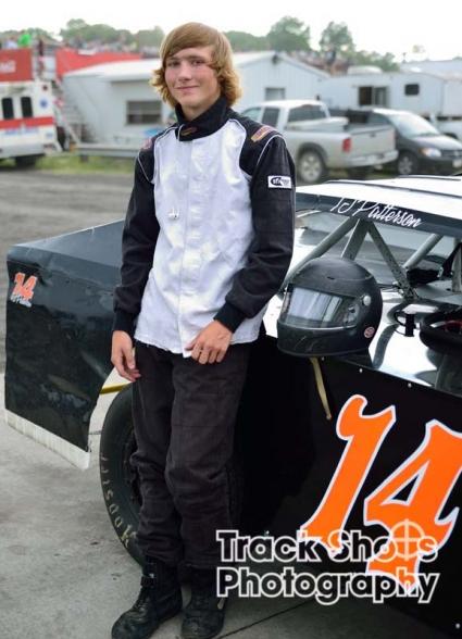racecar-driver-1-zg2-g0s0.jpg