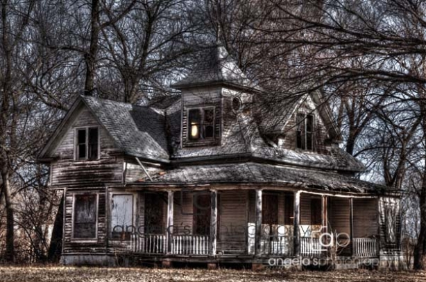ghost-house-1-542-59qc.jpg